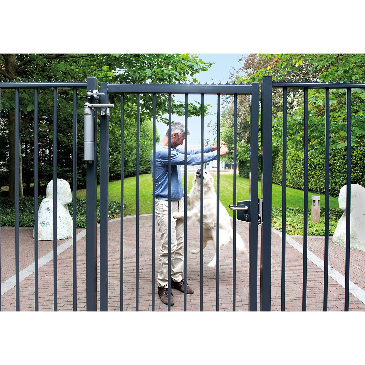 High Point Lacrosse >> Locinox Verticlose Heavy-Duty Door or Gate Closer | Hoover ...