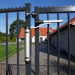 Locinox Verticlose-2 Installed on 90° Swing Gate - Lifestyle-2