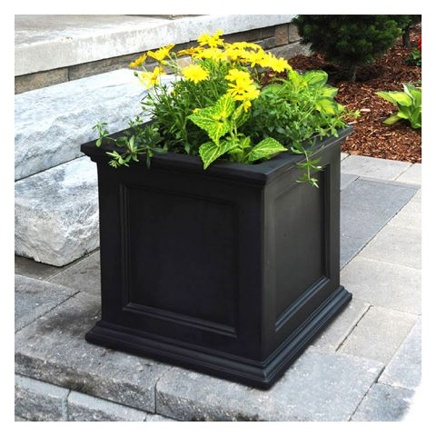"Mayne Fairfield Patio Planter - 20""x 20""x 20"""