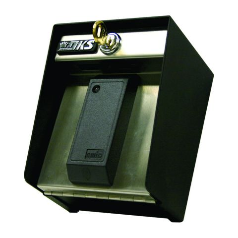 DoorKing AWID Proximity Card Reader w/Light - Weigand Output