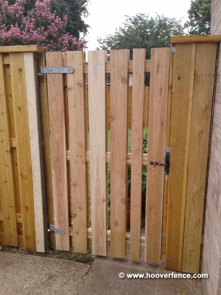Customer Photo - Cedar Shadowbox Wood Fence Build with Chain Link Fence Posts and IS-FBL-L Brackets - Richardson, TX