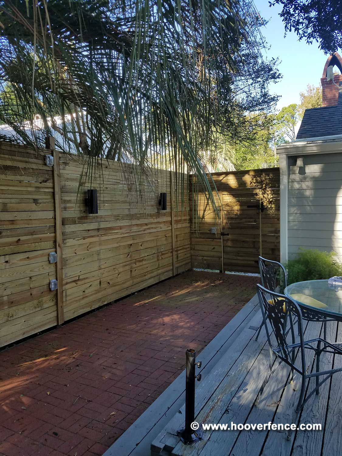 Customer Install - Contemporary Horizontal Wood Swing Gate with Snug Cottage 8325 Double Strap Hinges with 8256 Adjustable Mounting Plates - Savannah, GA