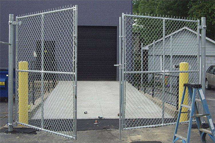 Double Commercial Chain Link Swing Gate
