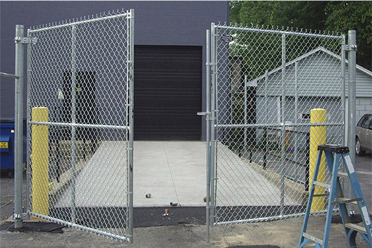 Double Industrial Chain Link Swing Gate