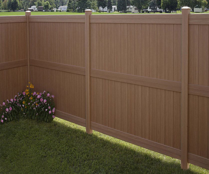 Privacy Style Vinyl Fence
