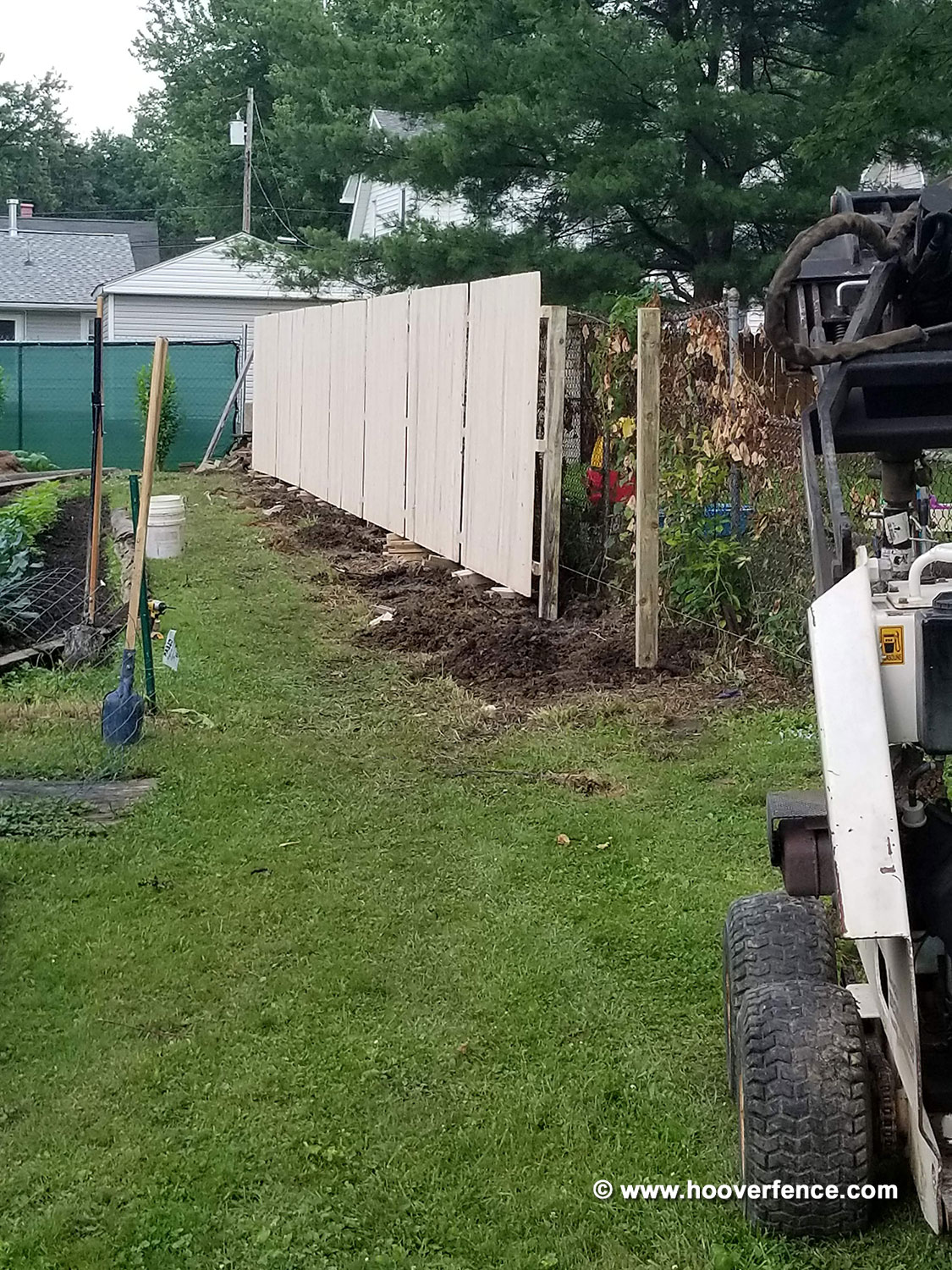 Hoover Fence Co Install - 6' High Spruce Stockade Privacy Fence Panels - Warren, Ohio - 2018