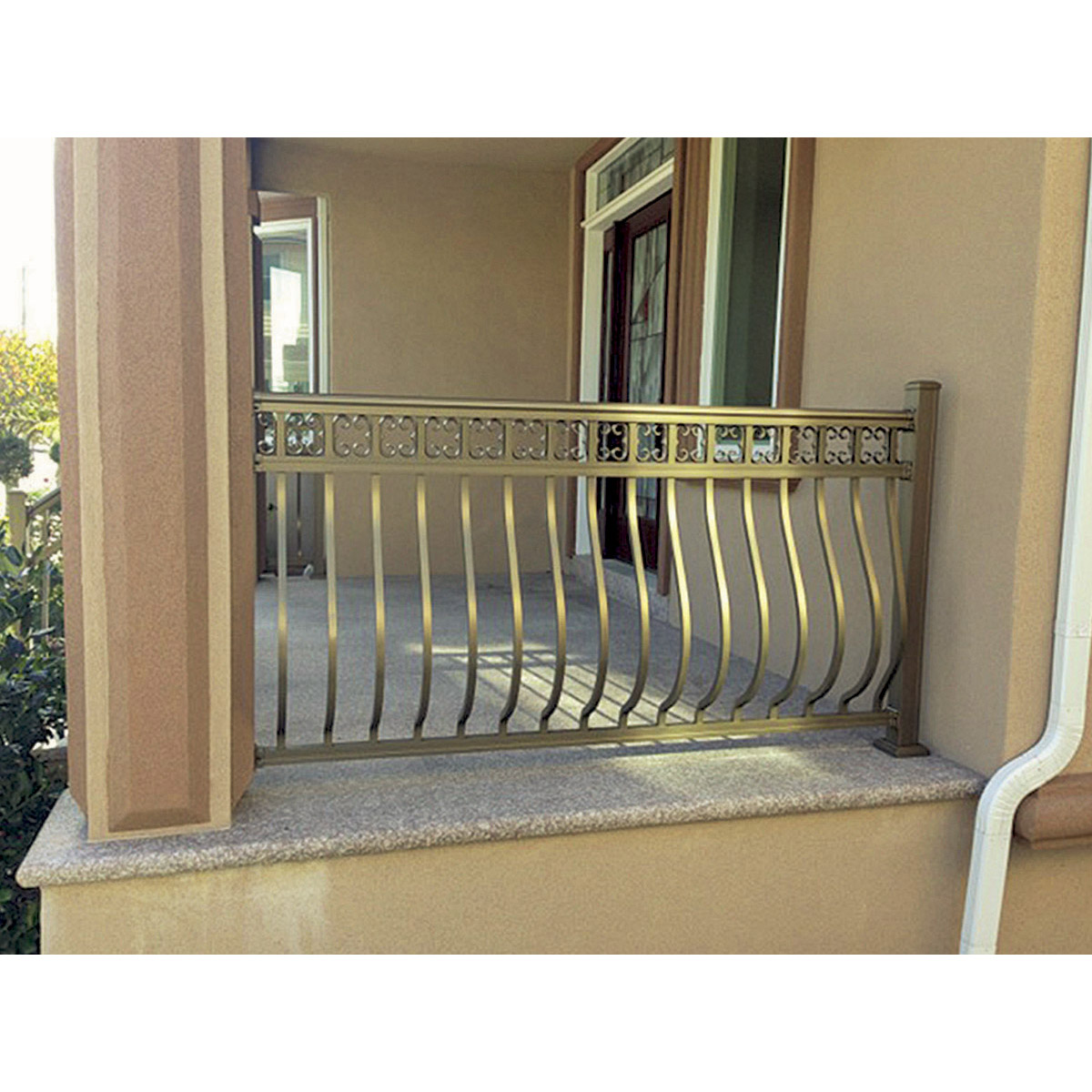 Arabian Railing with Bowed Balusters