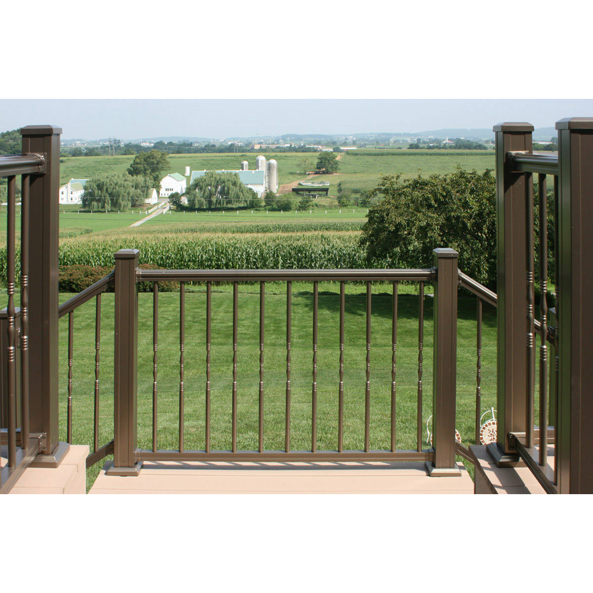 Arabian Railing with Decorative Round Balusters