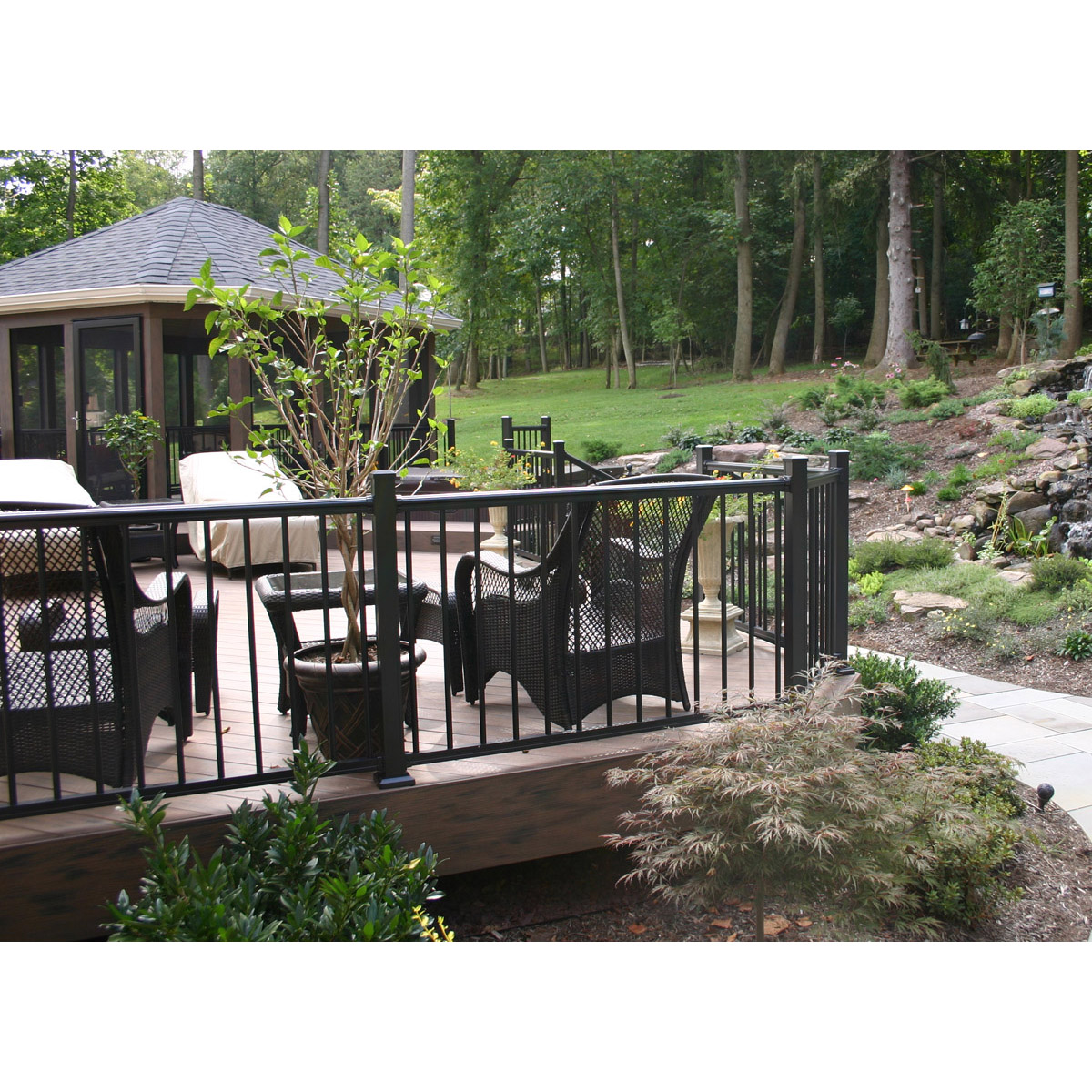 Arabian Railing with Round Balusters
