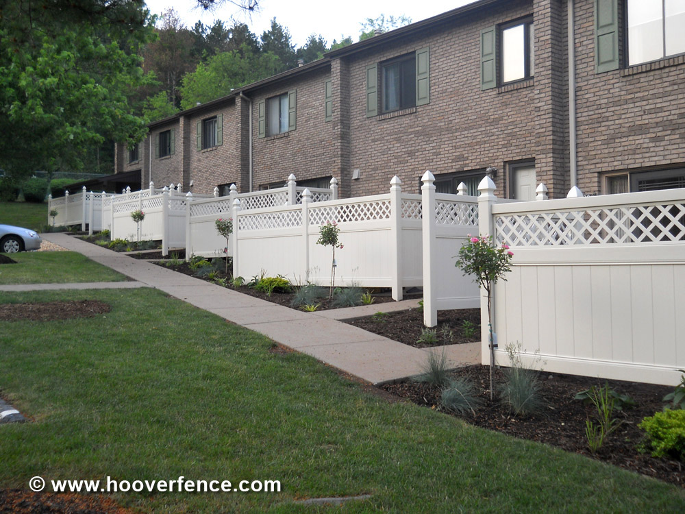 Chesterfield w/ Lattice Accent Fence