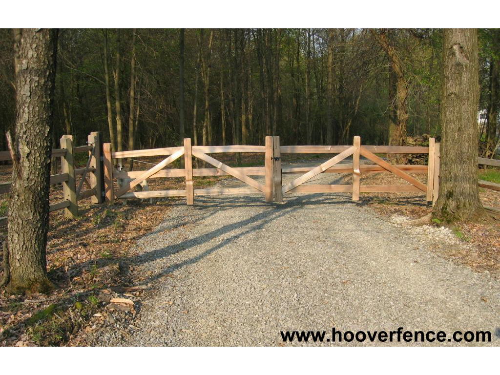 Plans to build build wood driveway gate pdf plans for Wood driveway gate plans